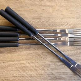 Fourchettes manche noir 3-dents